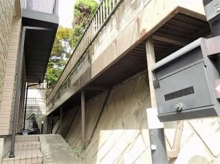 雨樋交換と外壁塗装 施工前
